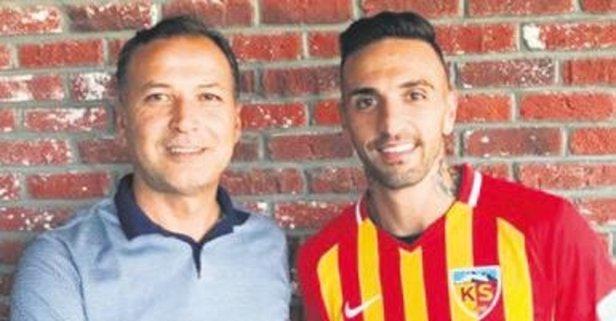 Kayserispor'un yeni sağ beki Miguel Lopes