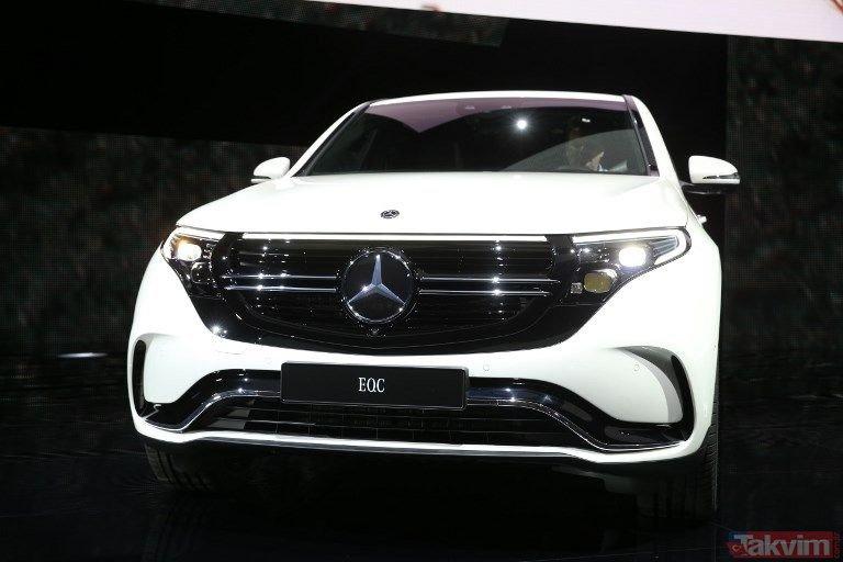 Mercedes-Benz yüzde yüz elektrikli modeli EQC'yi tanıttı