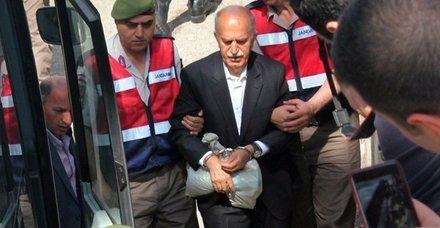 Son dakika: Eski Bursa Valisi Şahabettin Harput'a FETÖ'den hapis cezası