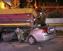 Kocaeli'de korkunç kaza! TIR'ın altına girdi