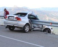 Karaman'da korkunç kaza! Bariyerlere ok gibi saplandı