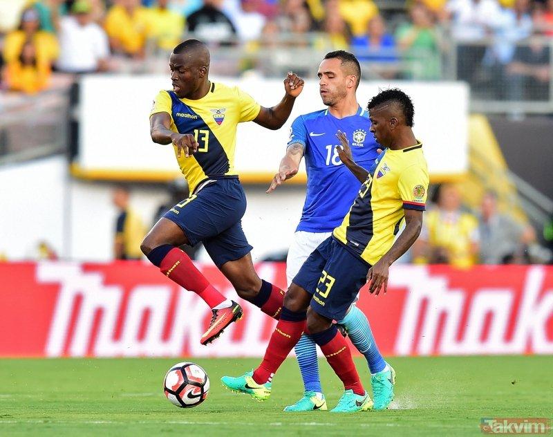 Galatasaray'da transfer harekatı! Hedefte Pato ve Alan var