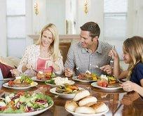 Az yemek sağlık demek