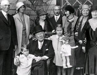 Tarihin en karanlık ailesi Rockefeller'ların sırlarla dolu hikayesi....