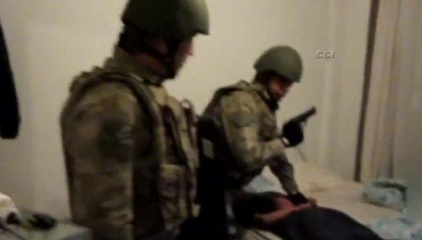 Mardin'de bombalı saldırı hazırlığındaki teröristler yakalandı! Operasyondan ilk görüntüler (VİDEO)