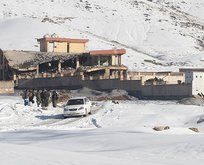 Taliban askeri üsse saldırdı! Çok sayıda ölü var