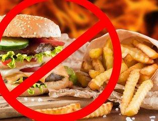 Bu besinler insan sağlığını tehdit ediyor! İşte en sağlıksız besinler...