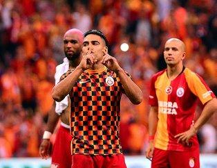 Radamel Falcao'dan galibiyet üçlüsü! Falcao Kasımpaşa maçında ilk golünü attı