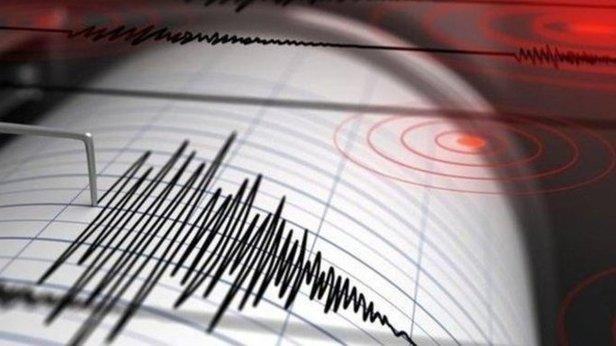 Endonezya'da 6.2 büyüklüğünde yeni deprem 91