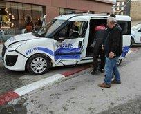 Polis aracı kaza yaptı!