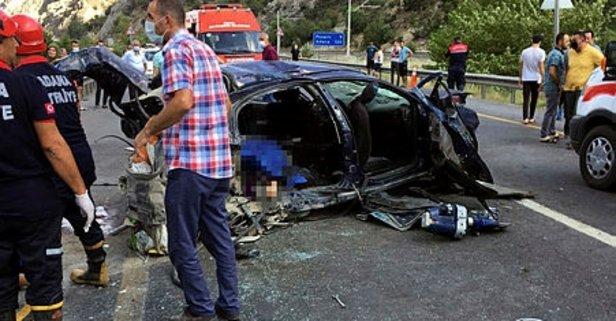Adana'da korkunç kaza! 4 ölü, 2 yaralı