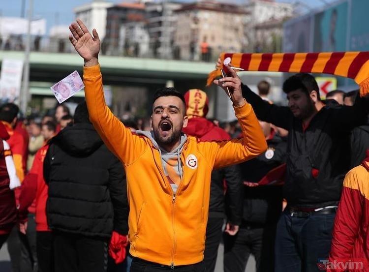 Galatasaray taraftarı Fenerbahçe'nin 'Fener Ol' kampanyası ile dalga geçti!