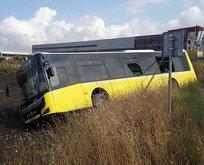 Arnavutköy'de İETT otobüsü tarlaya girdi!