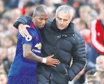 Mourinho diken üstünde