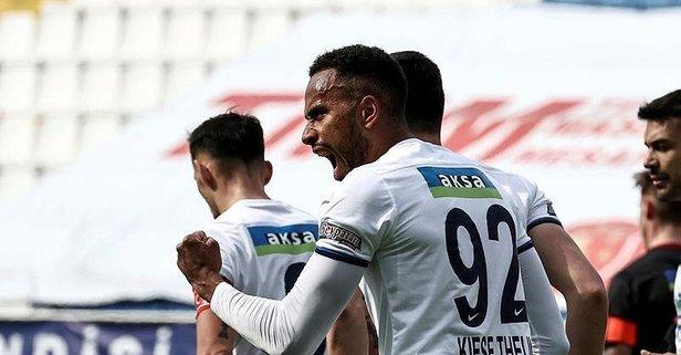 Kasımpaşa'da 5 gollü müthiş maç!