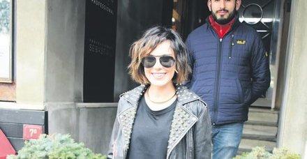 Şükran Ovalı, Beşiktaşlı Caner Erkin'le evliliği ve kızları Mihran Ela'yla ilgili samimi açıklamalar yaptı