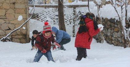 Yarın hangi illerde okullar tatil? 10 Ocak kar tatili olan iller hangileri?