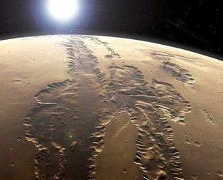Marsın esrarengiz fotoğrafları kafaları karıştırdı