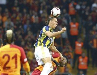 Dört gollü derbide kazanan çıkmadı | Galatasaray: 2 - Fenerbahçe: 2 maç sonucu