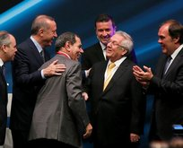 Erdoğan istedi kucaklaştılar
