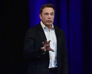 Elon Musktan uyarı: İnsanlık için giyotin olabilir