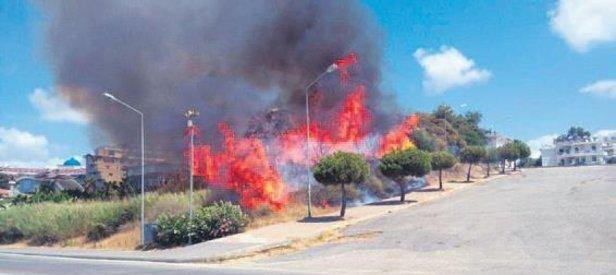 Side'de yangın paniği