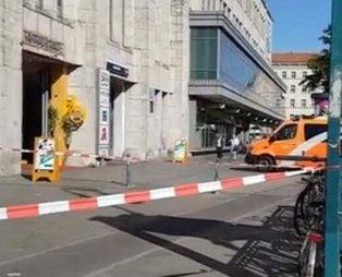 Almanya'da biber gazlı soygun! AVM'de bulunan bankaya saldırdılar