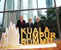 Malezya'da hatıra fotoğrafı