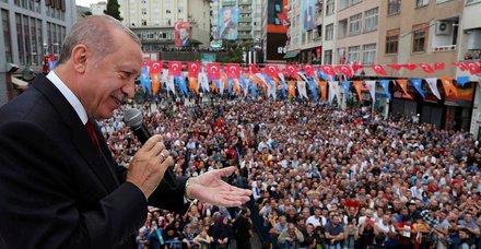 Son dakika: Rize'de konuşan Başkan Erdoğan memleketlisinin isteğini geri çevirmedi