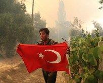 Azerbaycanlı itfaiyecilerin bayrak hassasiyeti