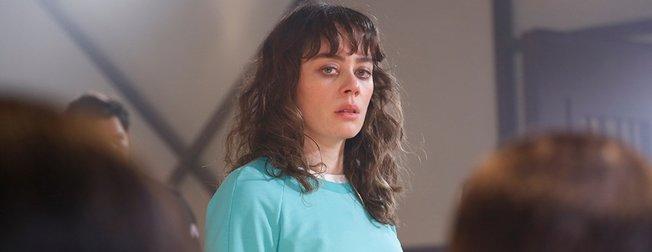 Avlu dizisinin 'Deniz'i Demet Evgar'ın annesi görenleri şaşırttı! İşte Demet Evgar'ın annesi Bingul Evgar...
