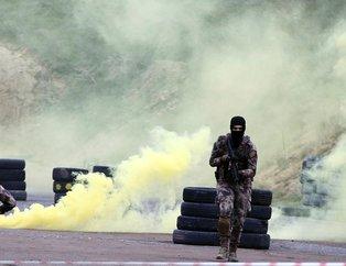 Polis Özel Harekat'tan nefes kesen tatbikat!