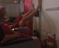 Uçakta iğrenç olay şoke etti! Görenler hayretler içinde kaldı...