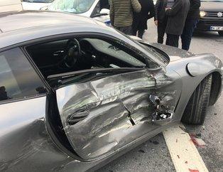 İstanbul Kağıthane'de milyonluk kaza! Aniden şerit değiştirmek isteyince...