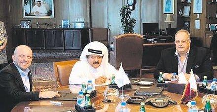 İstanbul'daki 2 oteli için Katarlılar'la el sıkıştı