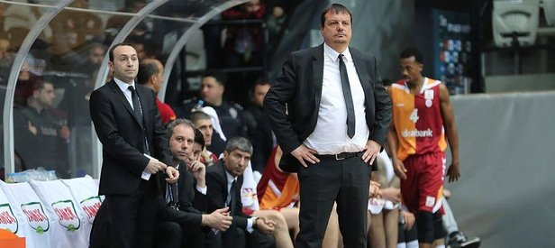 Beşiktaş ve G.Saray'dan olaylı derbi!