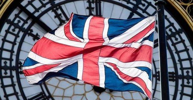 İngiltere: İngiliz savaş gemileri Kırım...