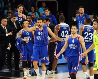 Anadolu Efes Euroleague'de tarih yazdı