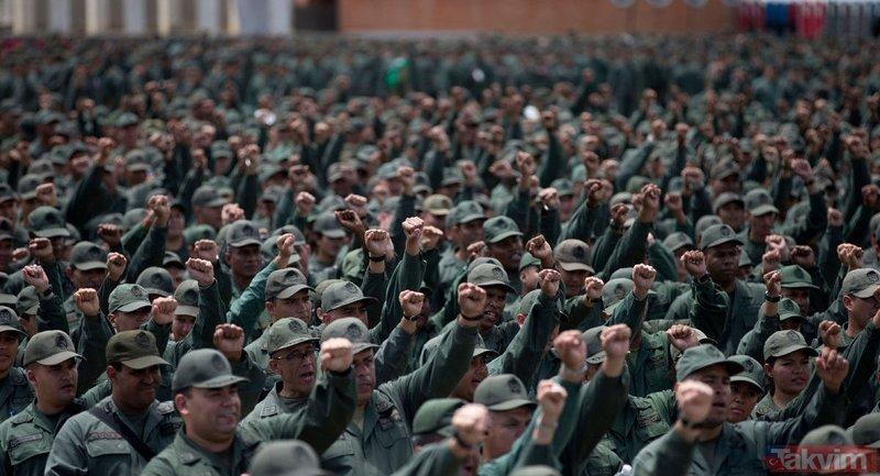 Venezuela ordusu Maduro'da destek için sokağa çıktı
