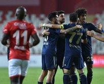 Kanarya Antalya'yı 2 golle geçti