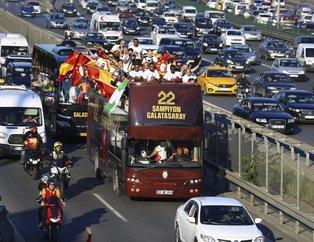 Galatasaray 22. şampiyonluğunu kutluyor | Cimbom'dan Fenerbahçe'ye emojili gönderme
