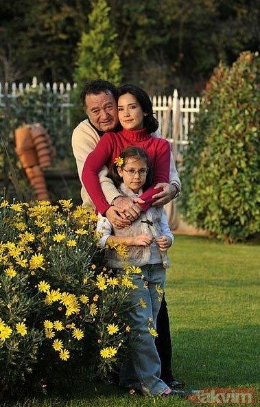 İpek Açar ve Kayahan'ın kızları 18 yaşına girdi! Anne Açar'dan duygusal paylaşım...