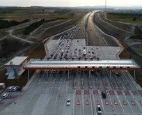 İstanbul-İzmir otoyolundan 9 günde 1.7 milyon araç geçti