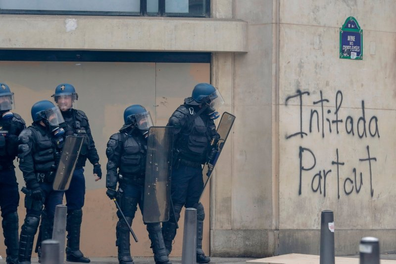 Fransa'da ''sarı yelekliler'' yeniden Paris sokaklarında (Sarı yelekliler kimdir son dakika haberleri)