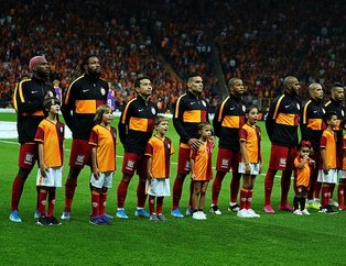 Paris Saint Germain Galatasaray ile oynayacağı Şampiyonlar Ligi maçının kadrosunu açıkladı