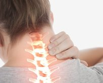 Boyun ağrısı neden olur? İşte evde doğal yöntemleri
