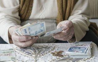 Emekli ve memur için zam ayı!