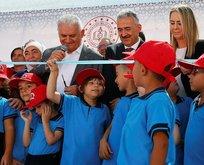 Binali Yıldırım okul açılışında Başkan Erdoğan'ı aradı