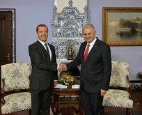 Medvedev'den Yıldırım'a taziye ve destek telefonu