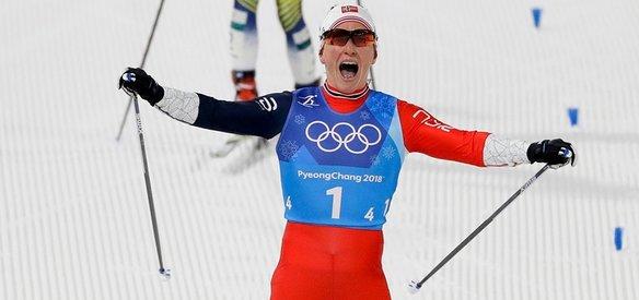 2018 PyeongChang Kış Olimpiyatları'nda kayaklı koşu kadınlar sprint finalinde 3. olan Norveç takımındaki Marit Bjoergen, 14. madalyasını alarak Kış Olimpiyatları tarihinde en fazla madalya kazanan sporcu rekorunu kırdı